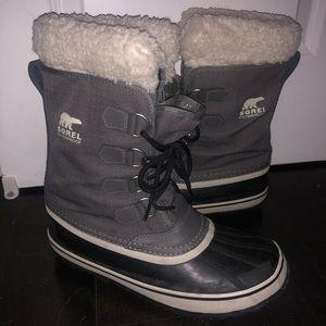 Sorel Caribou snow boots - like new, worn twice.